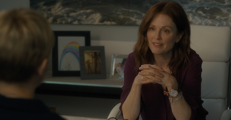 茱莉安摩爾自製自演《你願意嫁給我老公嗎?》   親自力邀蜜雪兒威廉絲同台飆戲