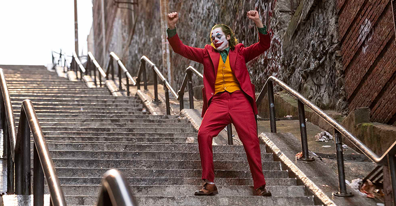《小丑》昆菲尼克斯獲頒多倫多影展演員成就獎 柔情演說謝家人與未婚妻魯妮瑪拉