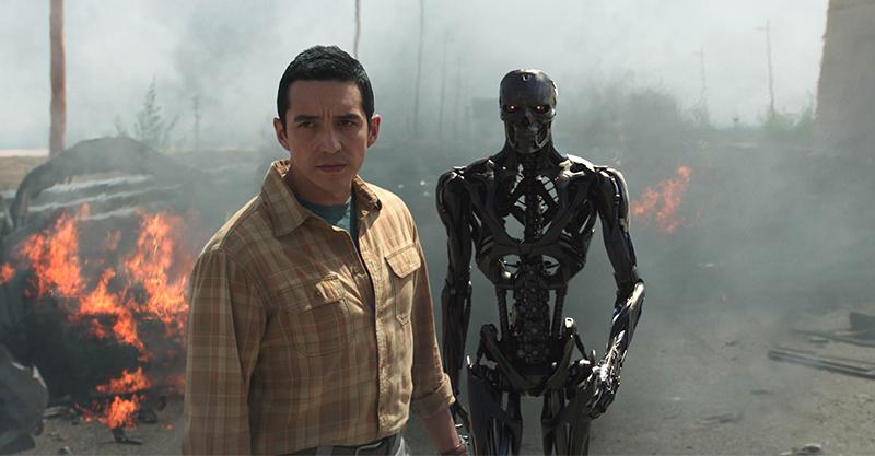 《魔鬼終結者:黑暗宿命》科幻教父回歸  全新液態金屬終結者Rev-9登場