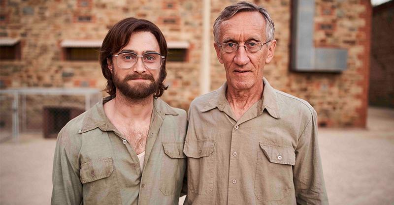 《鑰命監獄》南非人權鬥士帶當年越獄「關鍵小物」客串演出 丹尼爾雷德克里夫嗆「我們不挖地道」