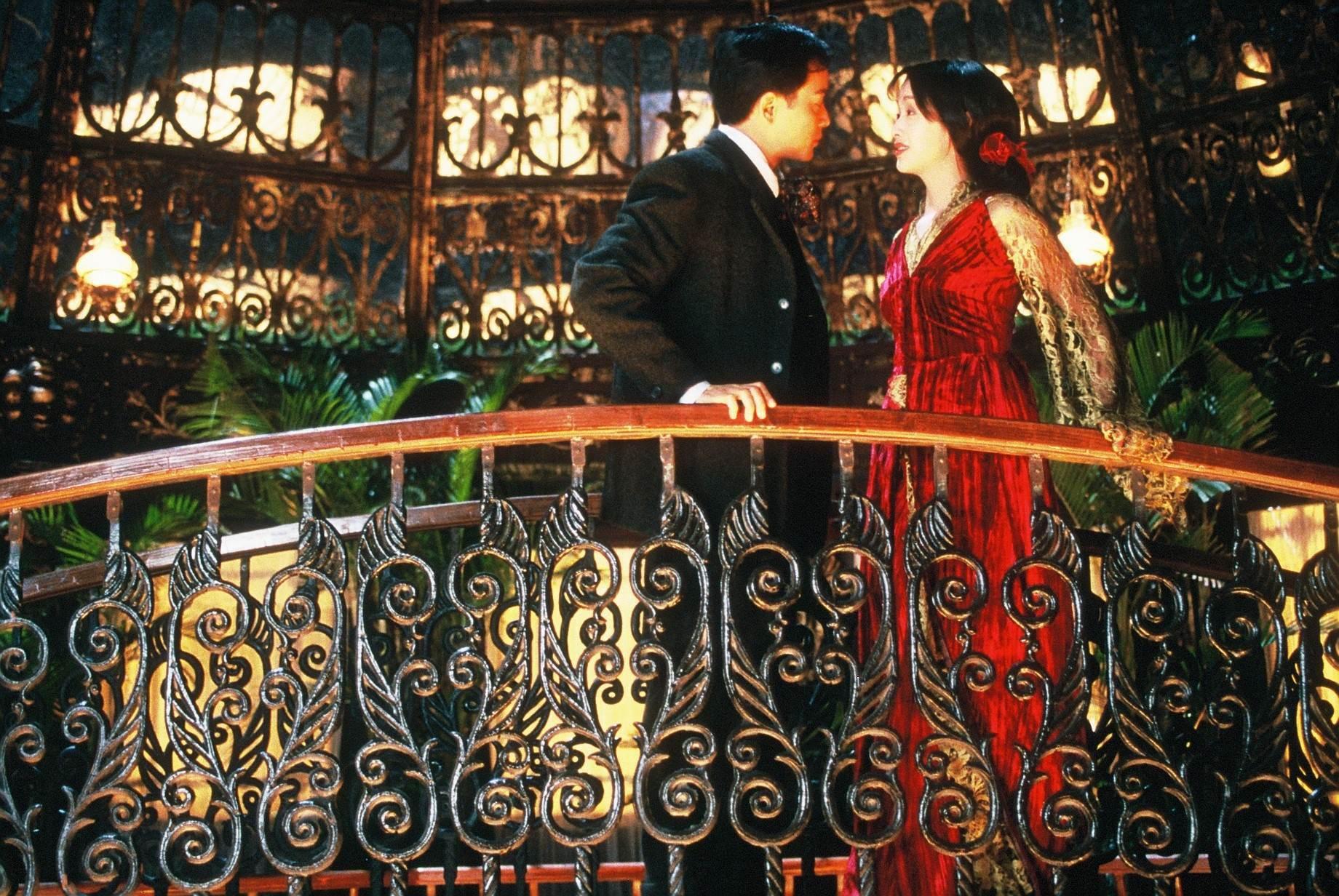 《夜半歌聲》4K修復重溫張國榮的身影及歌聲 哥哥「唯一監製」4000萬打造東方版《歌劇魅影》