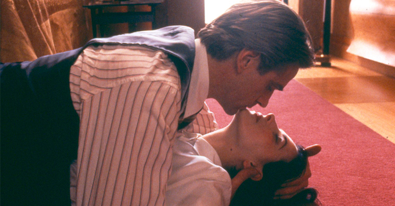 情慾經典《烈火情人》重返大銀幕 茱麗葉畢諾許、傑瑞米艾朗超尺度性愛戲成影史經典!