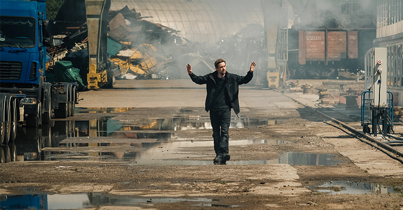 《失控特工》做夢當市長卻烙跑展開大逃亡?超乎想像腦洞大開交通工具神轉換