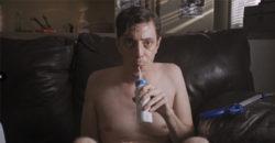 《廢宅人生》被譽為「最噁心的電影」 搞怪新銳導演討厭拍電影卻越拍越上手