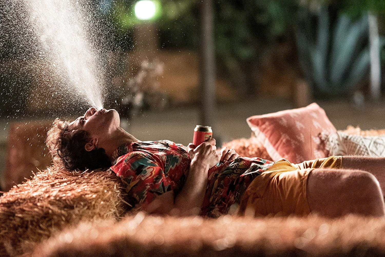 《棕櫚泉不思議》爆笑呈現「輪迴」人生 安迪山伯格身兼製作人笑嘆是喜劇版「疫情隔離日常」