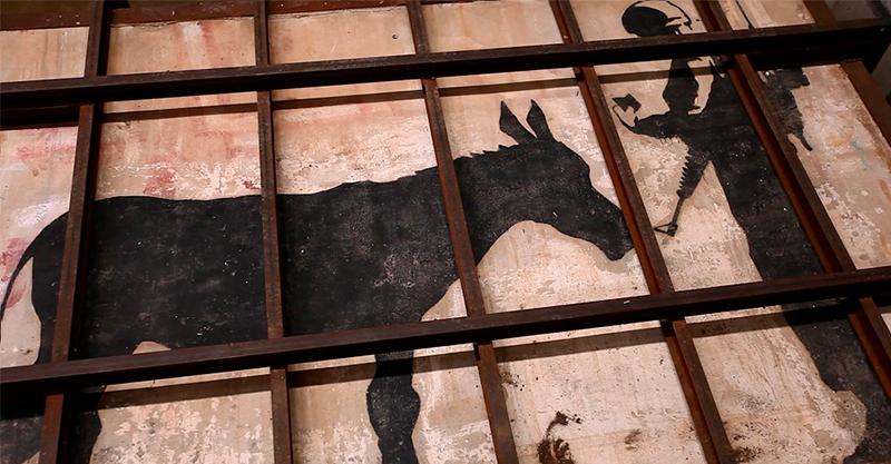 《誰偷了班克西?》街頭藝術之神「班克西」作品太吸金 引發「強制拆牆」偷盜亂象