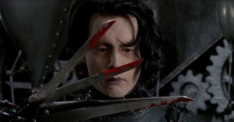 《剪刀手愛德華》強尼戴普、薇諾娜瑞德最淒美奇幻故事 導演提姆波頓被曝「他就是愛德華」