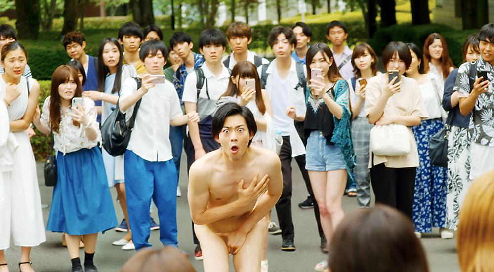 《碧藍之海劇場版》最母湯漫改電影 精實帥哥全裸校園奔跑引發全校暴動
