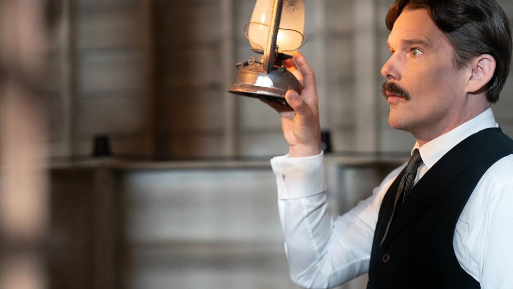 《特斯拉》愛迪生的傳奇死對頭!伊森霍克詮釋「電流教父」特斯拉