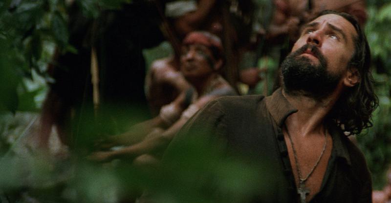 史詩經典《教會》拍攝艱苦近乎全劇組中瘧疾 金獎影帝攀爬瀑布、叢林跋涉全親身上陣