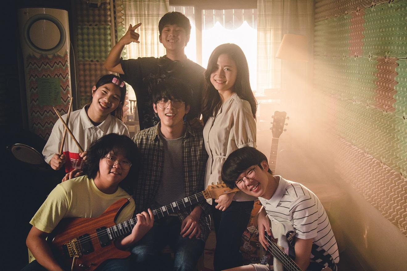 《再次相遇的日子》天才音樂人攜手精彩共演!韓國觀眾淚讚:今年「最好聽」的電影!