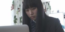 女星秋乃潤梨為了夢想「援交」?《撲殺援交妹》激烈床戰、凌虐戲碼演出新尺度