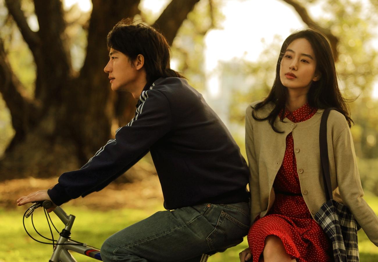 金馬獎最佳導演馮小剛摯友的愛情經歷 真實故事改編《只有蕓知道》黃軒被感動立刻同意演出