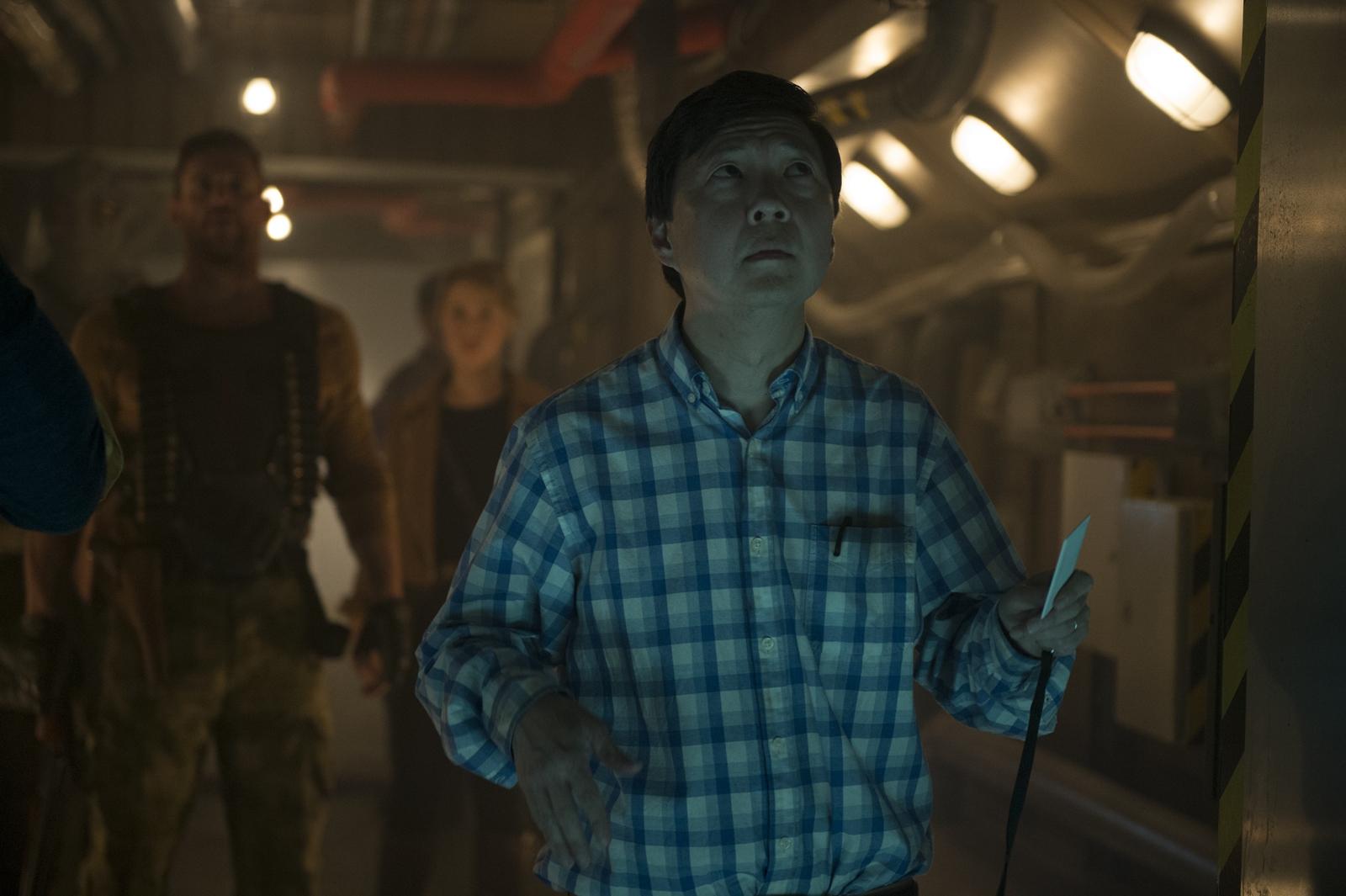 《異星佔領:反擊時刻》美國知名諧星鄭肯加盟演出 男主沒同框卻大讚:他出現的每分每秒都很好笑!